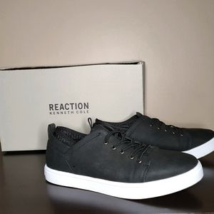 BNIB Kenneth Cole Reaction Indy Sneakers